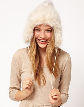 Faux fur hat 1